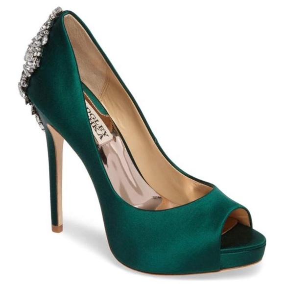 b8e1eaaff6c Badgley Mischka Kiara Emerald Heels- Sz 7 $245